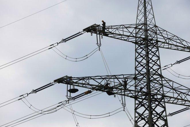 بسبب أزمة الغاز الطبيعي .. ارتفاع أسعار الكهرباء في بريطانيا