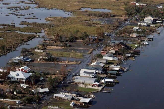 95 مليار دولار خسائر إعصار إيدا معظمها في الولايات الشمالية الشرقية